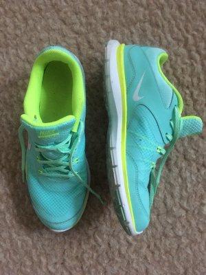 Nike Sneakers met veters neon groen-turkoois