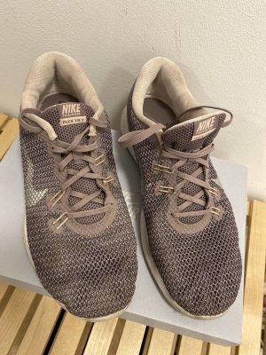 Nike Flex TR 7 rose 40,5 Laufschuhe