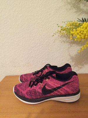 Nike Flyknit Lunar Sneaker Pink Neu!