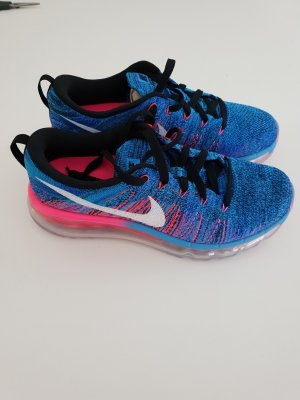 Nike FLYNKNIT MAX- NEU