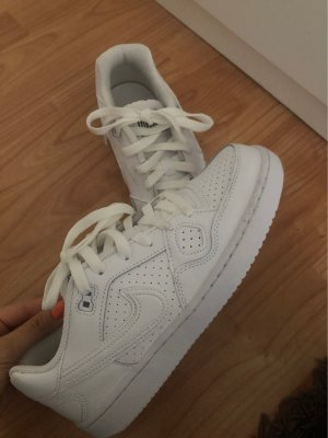 Nike force in weiss