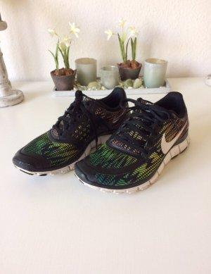 Nike Free 5.0 * Größe 39 (fällt kleiner aus)