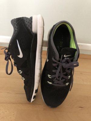 Nike free 5.00 Size 38