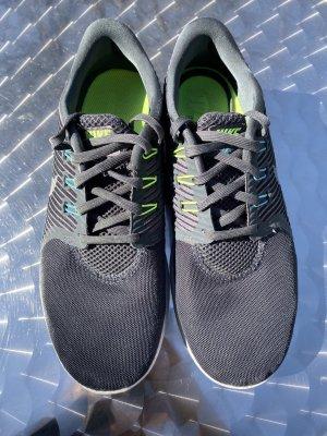 Nike Free Grau Running