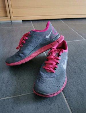 Nike free graupink