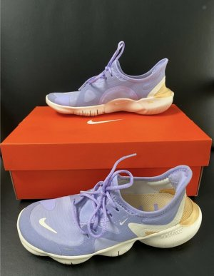 Nike Free RN 5.0 Run Lila Laufschuhe Damen GR. 36  NEUWERTIG