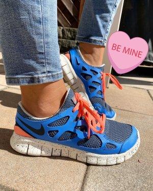 Nike Free RN2