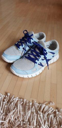 Nike Free Run 2 in Gr. 39