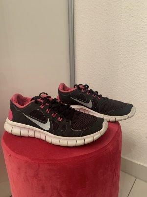 Nike Free Schuhe schwarz weiß pink
