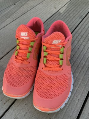 Nike Free Shot Punch Pink Damen Gr. 41