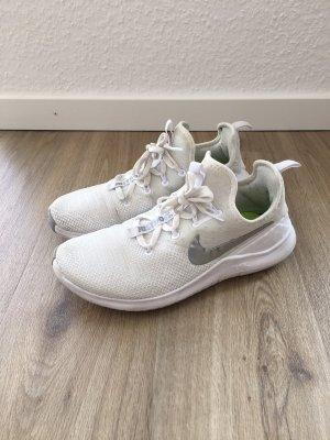 Nike Free Sneaker weiß silber Gr. 38,5