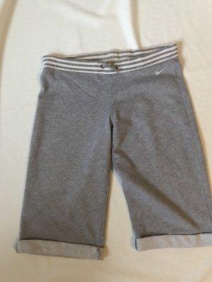 Nike Pantalón corto deportivo gris