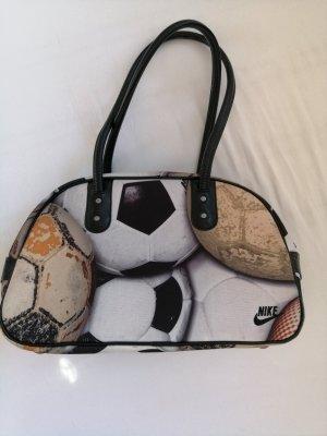 Nike Fußball-Print Handtasche