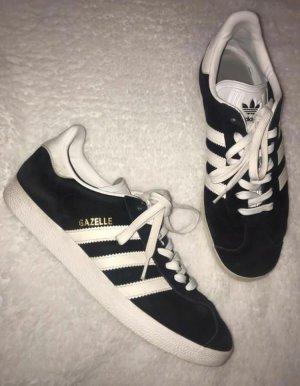 Nike gazelle Größe 42 schwarz weiß