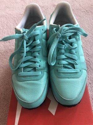 Nike Genicco 38