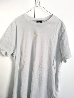 Nike Gold Logo Swoosh Spellout Tshirt Shirt Oberteil