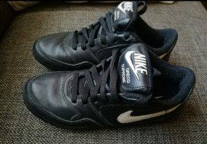 Nike Greco Supreme Sneaker Gr.36,5 schwarz