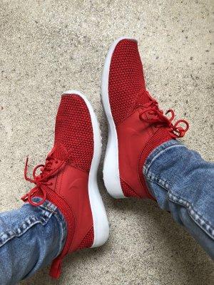 Nike Größe 40 rot (passen einer 39-39,5)