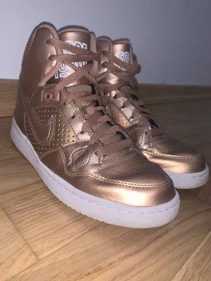Nike High Sneaker