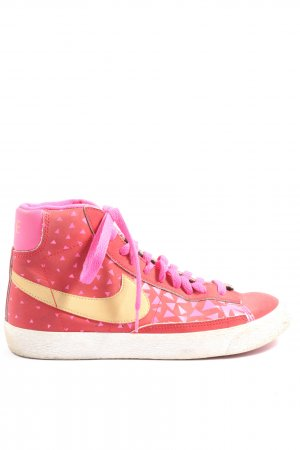 Nike High Top Sneaker Schriftzug gedruckt Casual-Look