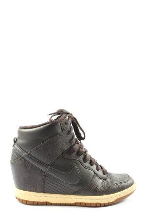 Nike Wysokie trampki brązowy W stylu casual