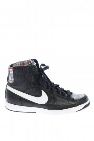 Nike High Top Sneaker schwarz-weiß Casual-Look