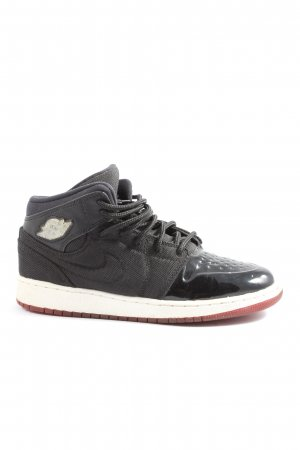 Nike High top sneaker zwart casual uitstraling