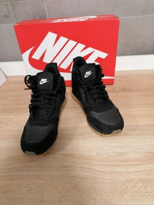 Nike high top Sneaker schwarz 41