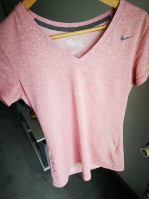 Nike hochwertiges slim fit T-shirt Gr.S