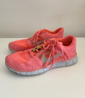Nike Hot punch Sneaker Laufschuhe 38