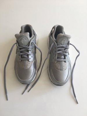Nike Huarache Silber