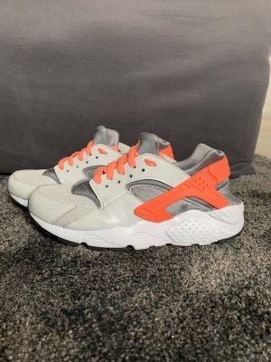 Nike Huaracher
