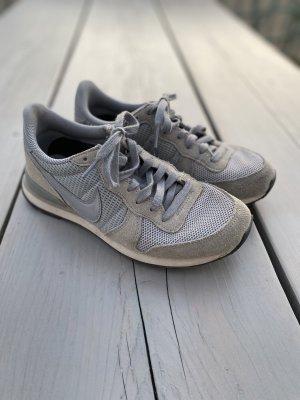 Nike Internationalist graublau Gr. 38,5