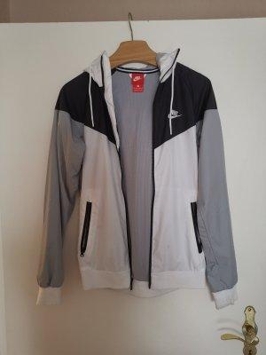 Nike Jacke Gr XS 34 schwarz grau weiss Jogger Sweater