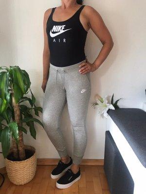 Nike pantalonera gris claro