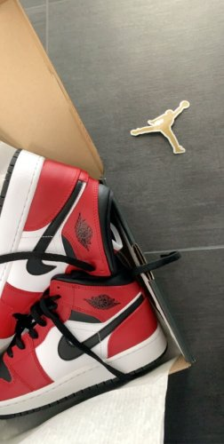 Nike Jordan 1 Chicago Black toe