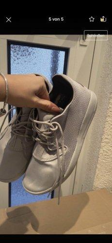 Nike Jordan 38