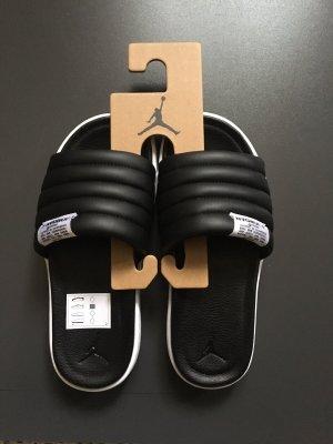 Nike Jordan Badelatschen Größe 36,5