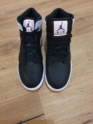 Nike Wysokie trampki czarny-jasny różowy