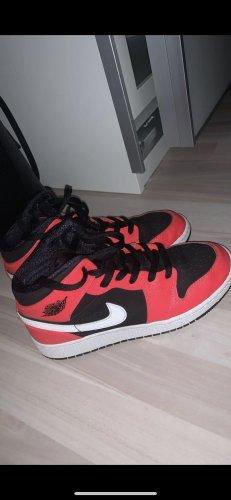 Nike Jordan mid 1