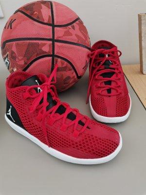 Nike Wysokie trampki czarny-czerwony