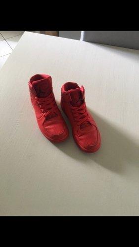 Nike Jordan rot, Gr. 38,5