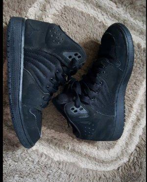 Nike Jordans 38