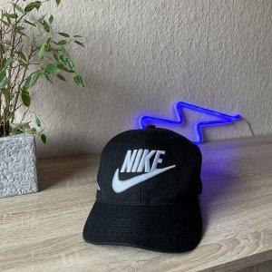 Nike Baseballówka czarny-biały