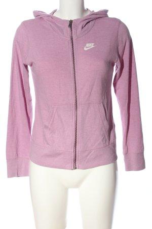 Nike Kapuzensweatshirt lila Schriftzug gedruckt sportlicher Stil