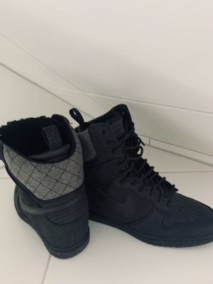 Nike Keilabsatz Sneaker