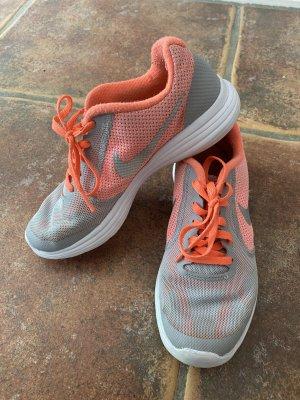Nike Kinder Hallenschuhe