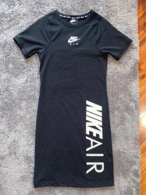 Nike Kleider Gunstig Kaufen Second Hand Madchenflohmarkt