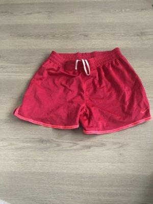 nike kurze shorts