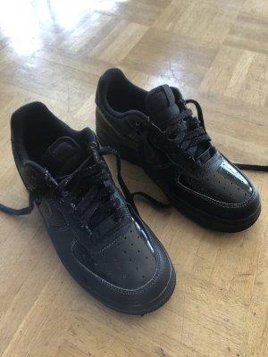 Nike Lack Turnschuhe